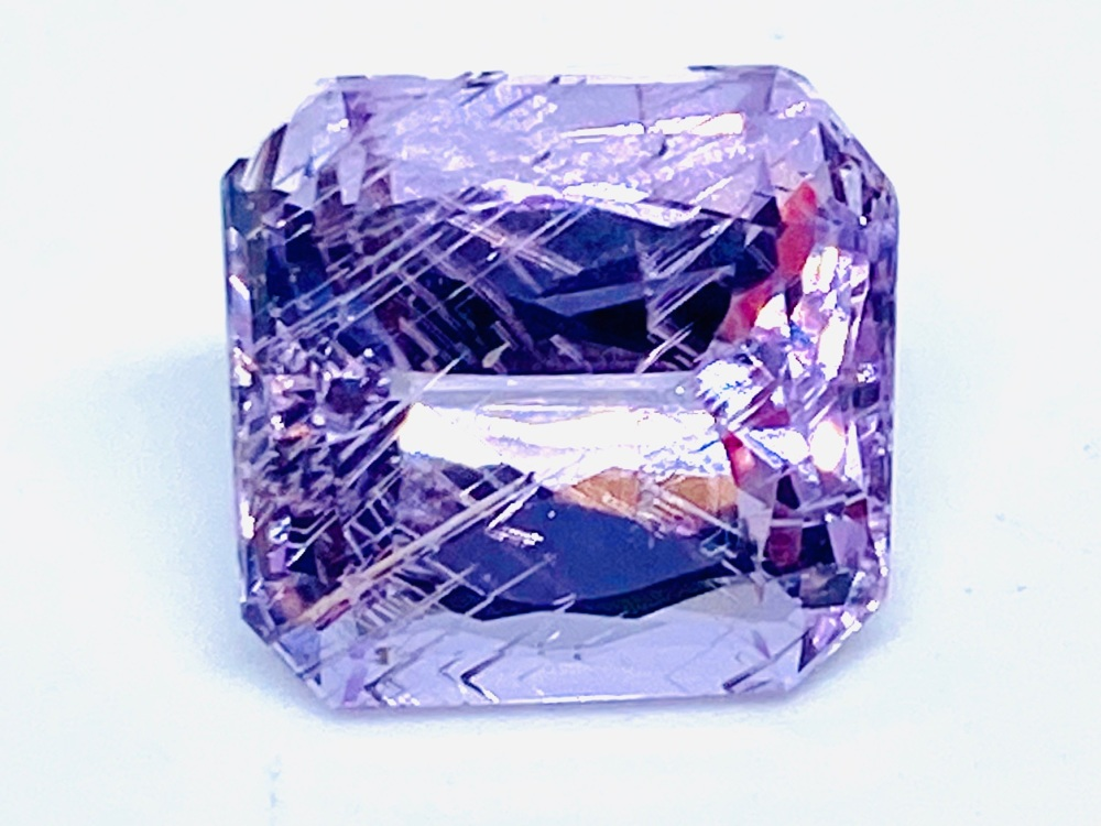 Kunzite Trap Cut 12mm x 11.2mm   8.06ct   Kun002