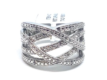 Diamond Ring Set in Silver 0.10cts    Size Q