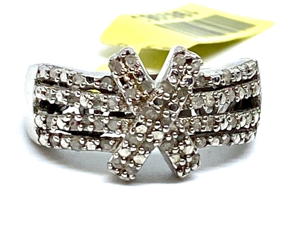 Cluster Diamond Ring Set in Silver with  Platinum  Overlay  0.33cts    Size