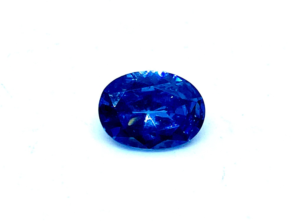 Tanzanite  Oval  1.86cts  7.9mm x 5.9mm   Tan016