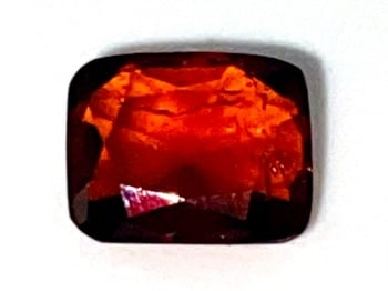Garnet  antique faceted  Deep Red    6.7mm x 5.3mm   1.19cts      Gar039