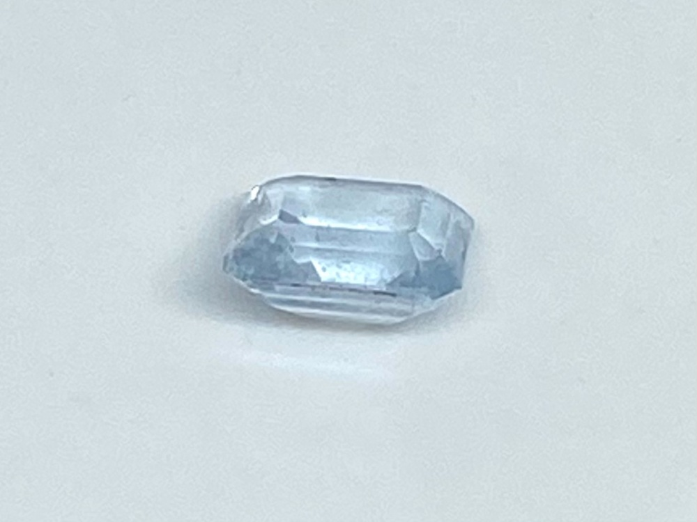 Aquamarine  Trap Cut   1.46cts   7.3mm x 6.7mm   Aqu064