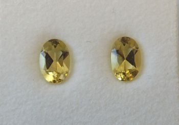 Yellow Beryl Oval 0.91cts  6mm x 4mm W00472