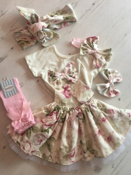 Shabby Chic Full Set .