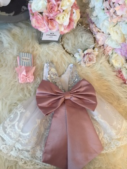 Dusty Pink Love Bow