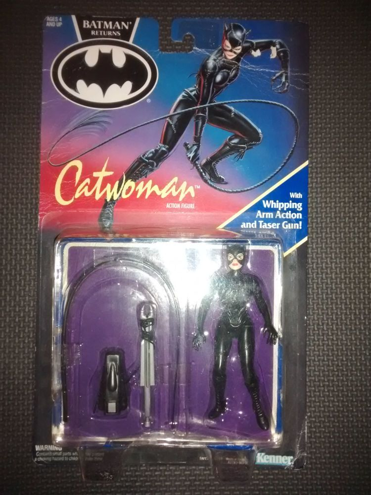 Vintage Kenner Batman Returns - Catwoman Collectable Figure 4