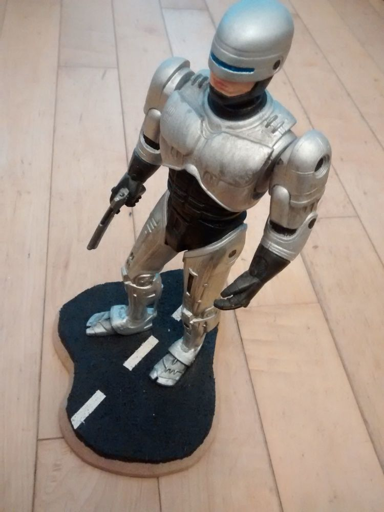 Robocop - Pre-built Collectors Display Model