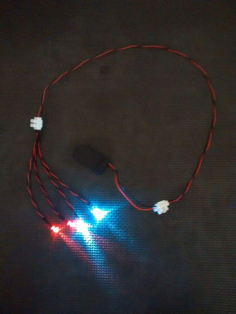 Model Display Car Led Light Kit - 5mm - x2 Cool White x2 Red CR2032 Battery