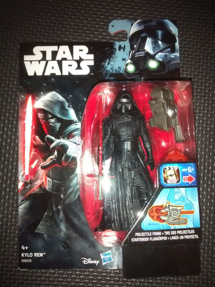 Star Wars  KYLO REN Collectable Figure (B8609) 3.75