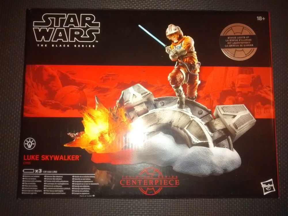 Star Wars The Black Series Luke Skywalker Centrepiece C1555 Illuminated Dis