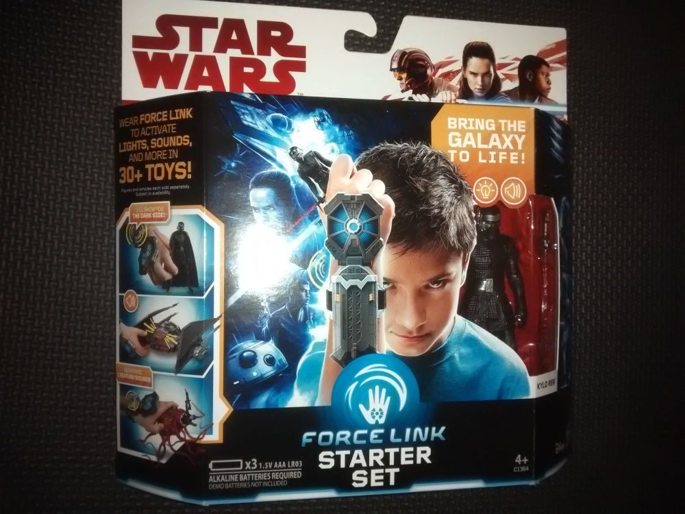 Star Wars Force Link Starter Set - Bring The Galaxy To Life!