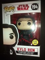 Pop Star Wars - Kylo Ren Vinyl Figure - Issue 194