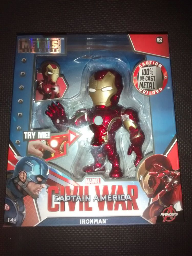 Metals Die Cast - Marvel - Civil War - Ironman - M55 - Light up chest plate