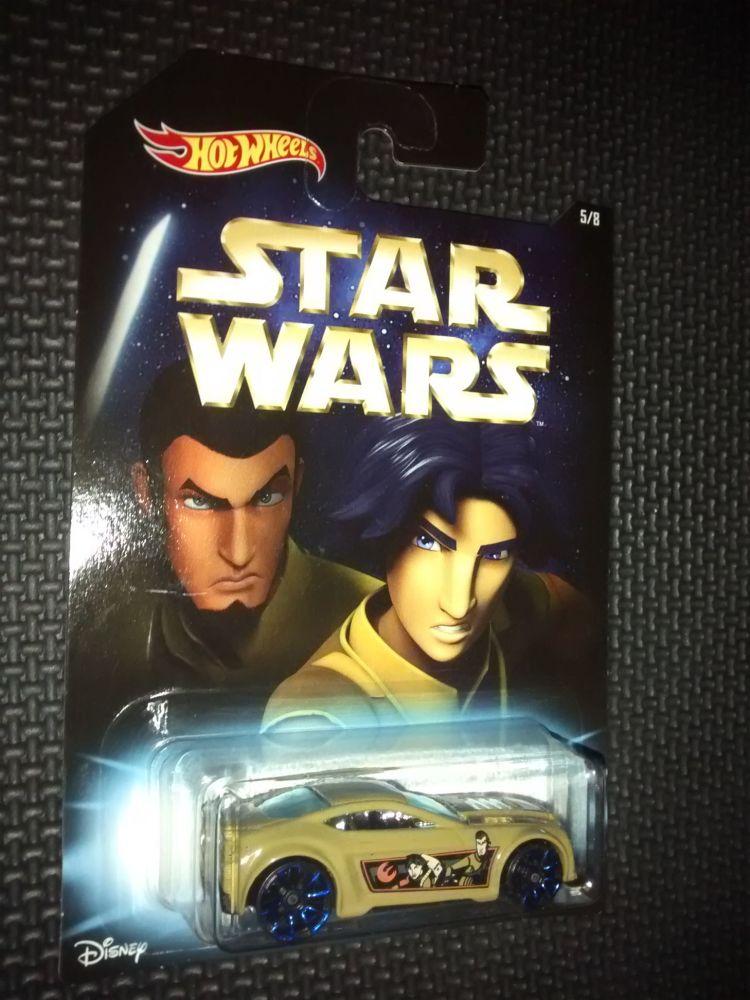 Star Wars Hotwheels Diecast Car - Kanan Jarrus & Ezra Bridger - Torque Twis
