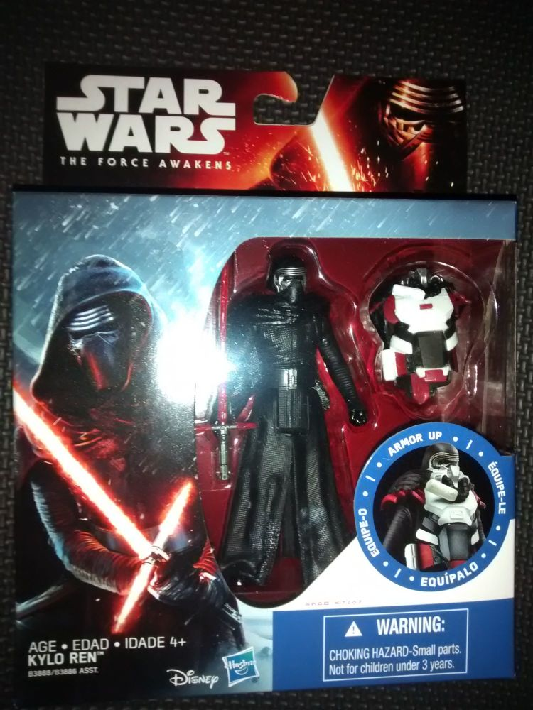 Star Wars The Force Awakens Kylo Ren C/W Armor Accessory Collectable Figure