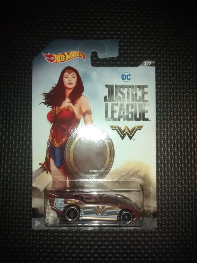 Hotwheels Diecast Cars - Justice League - Wonder Woman - Maximum Leeway - 3