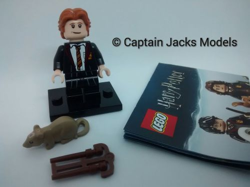 Lego Minifigs - Harry Potter Fantastic Beasts Series - Ron Weasley In Schoo