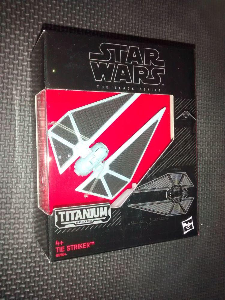 Star Wars - The Black Series - Titanium Series - B9564 Tie Striker
