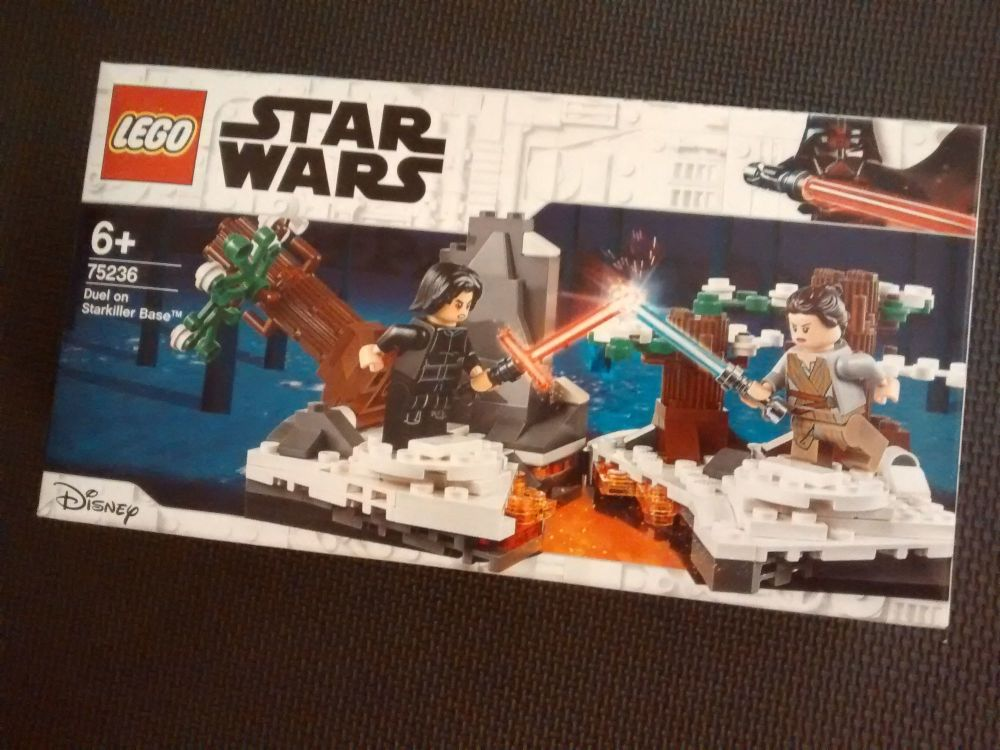 Lego Star Wars - Dual On Starkiller Base - 75236- Age Range 6 Years Plus -
