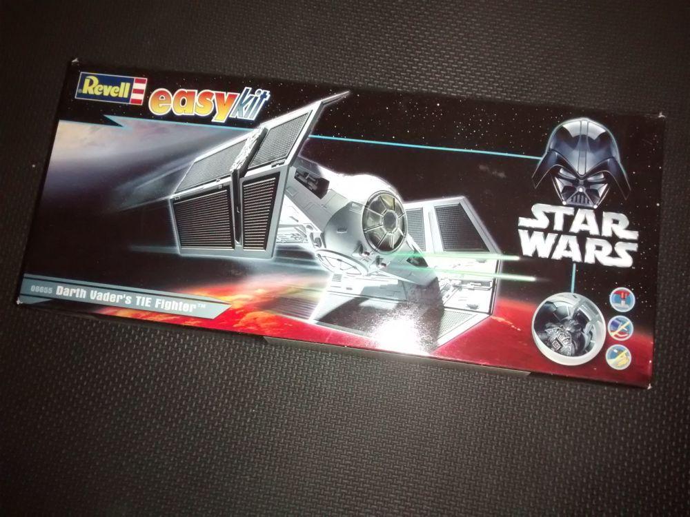 Revell Darth Vaders TIE Fighter - Star Wars - Model Kit - 06655 - 1:57 Scal
