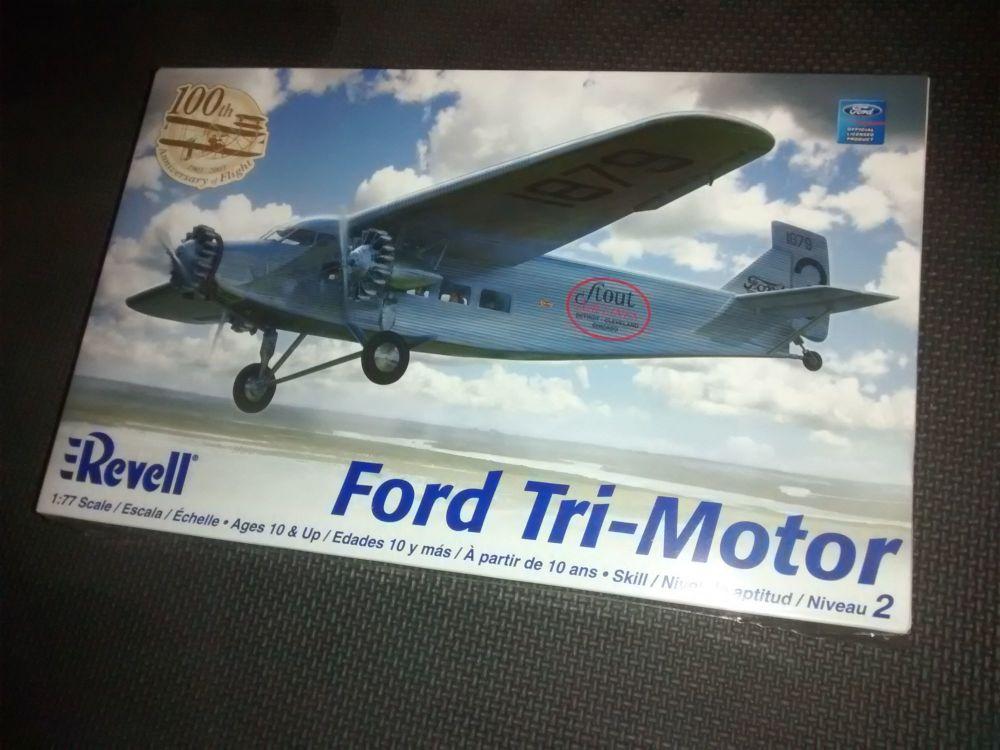 Revell Ford Tri-Motor Plastic Model Kit 1:77 Scale - Skill Level 2
