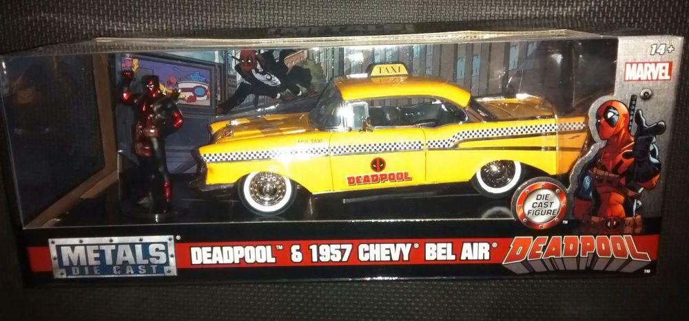Metals Die Cast - Deadpool & 1957 Chevy Bel Air - Marvel - Jada Toys