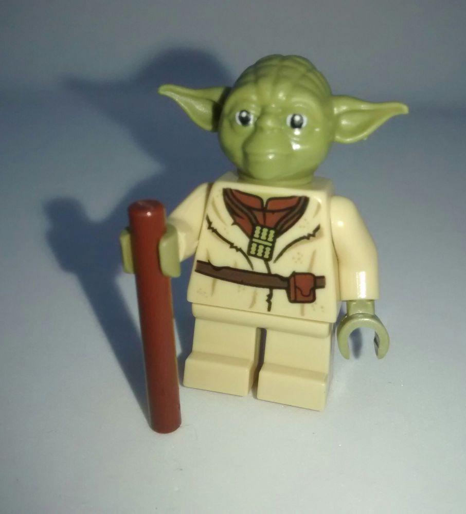 Lego Minifigure - Yoda - Split from set 75208