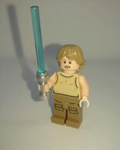 Lego Minifigure - Luke Skywalker - Split from set 75208