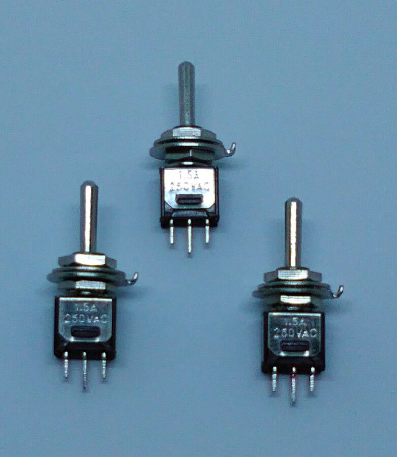 X3 On / Off Miniature Toggle Switch SPDT