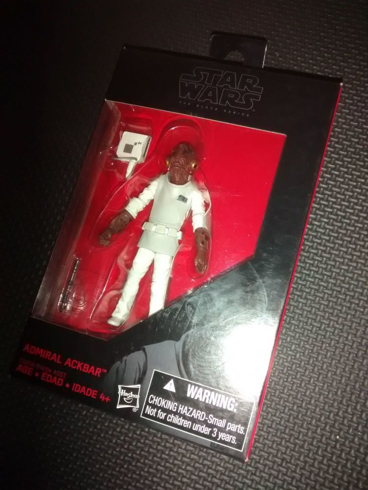 * Star Wars - The Black Series - Admiral Ackbar - Collectable Figure 3.75