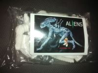 "Elfin -  Alien (Crouching Version) Vinyl Model Kit - 8"" Long 1/8 Scale"