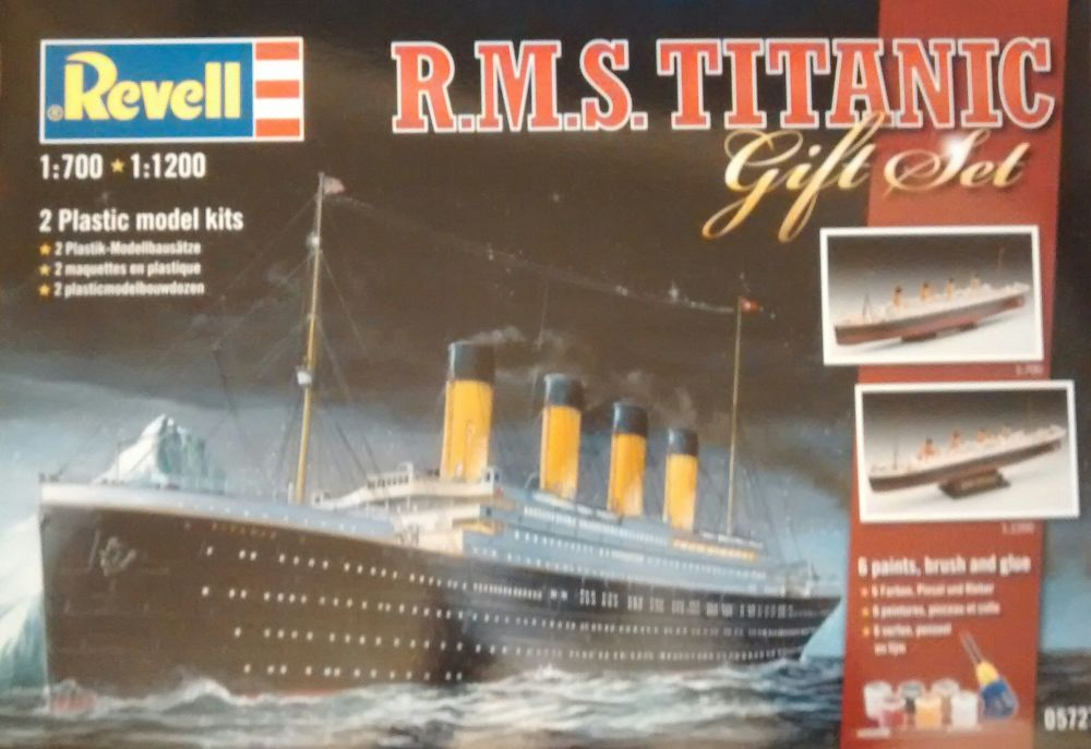Revell R.M.S. Titantic Twin Model Gift Set 1:700 & 1:1200 Scale - Kit Numbe