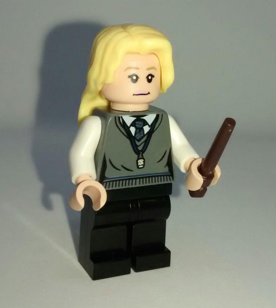 Lego Minifigs - Harry Potter Series - Luna Lovegood Figure - Split From Set