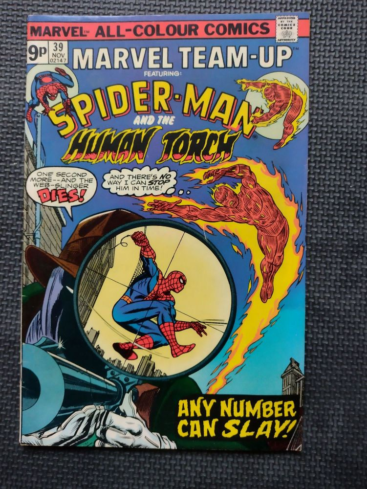 Marvel - Retro Comic Book - 1970s - Spiderman & The Human Torch Issue 39