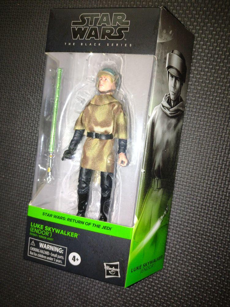 Star Wars - The Black Series - Luke Skywalker (Endor) - 04 - E9325/E8908 -