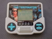 Vintage 1988 Tiger Electronics The Terminator Handheld LCD Game ~ Good Condition