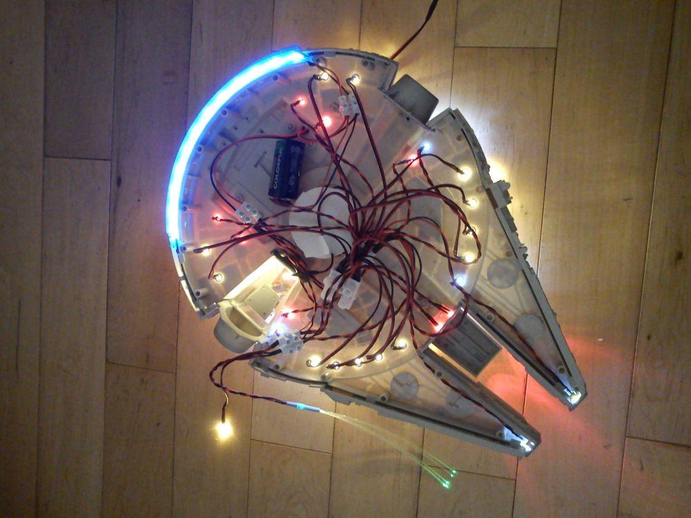 25 PRE WIRED GREEN LED LIGHTS 3mm 9 VOLT 9V WIRE LEDs