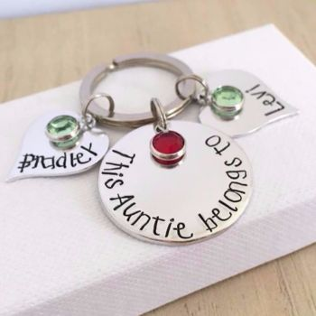 'This Auntie belongs to' keyring with heart name tags