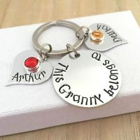 'This Gran belongs to' keyring with heart name tags