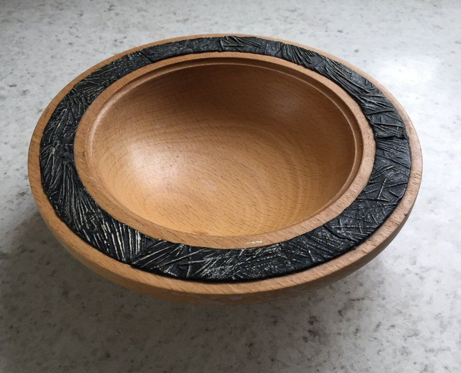 Wooden bowls for inserts