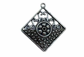 Silver style diamond pendant - D7