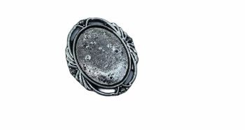 silver style decorated bezel tray -  B17