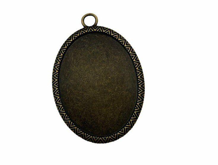 bronze oval bezel tray
