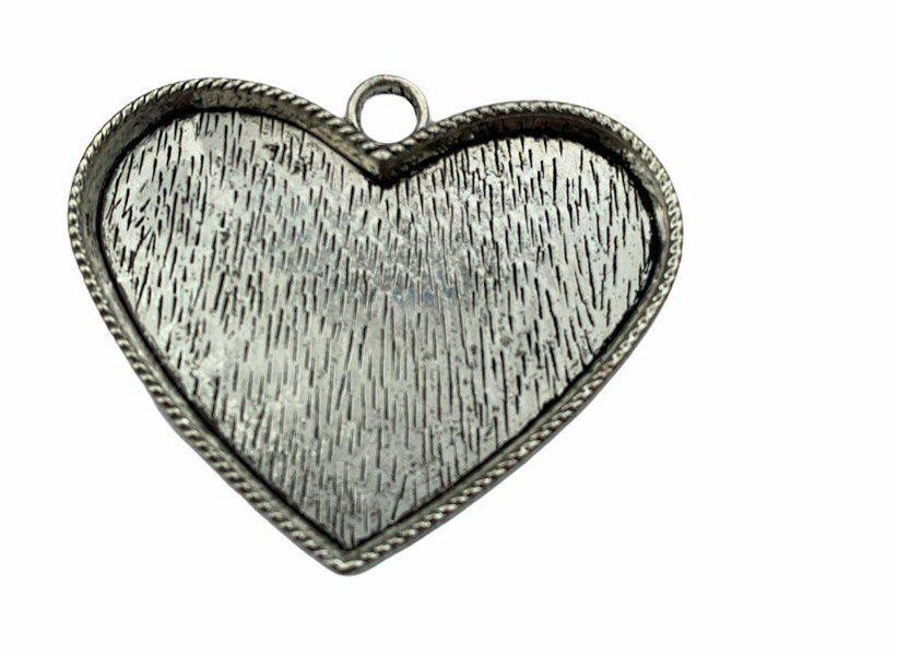 silver style large heart bezel tray