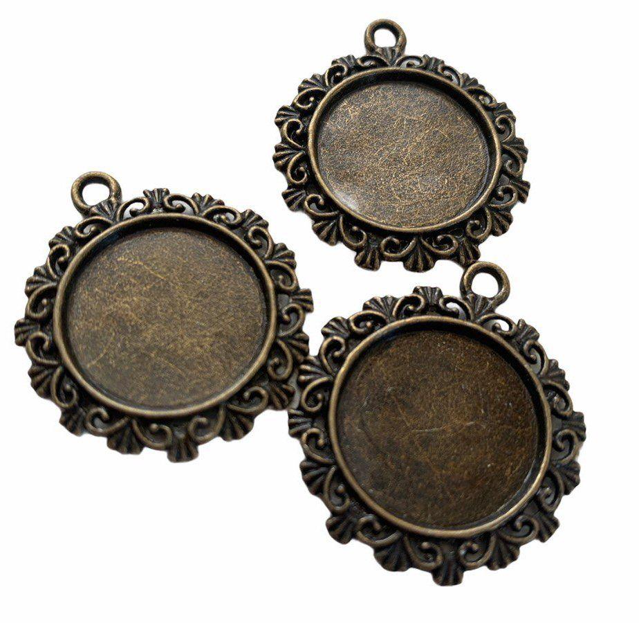 Bronzecircular patterned bezel trays