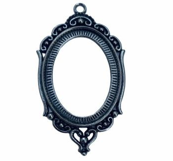 Classic silver style  oval frame -  C8