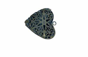 Bronze style heart shaped filigree locket - A10
