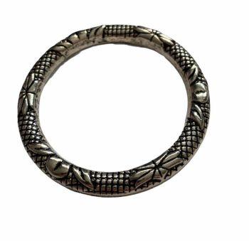 Silver style statement circular frame - C14