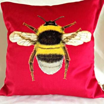 Velvet Chenille Bee Cushion-Strawberry