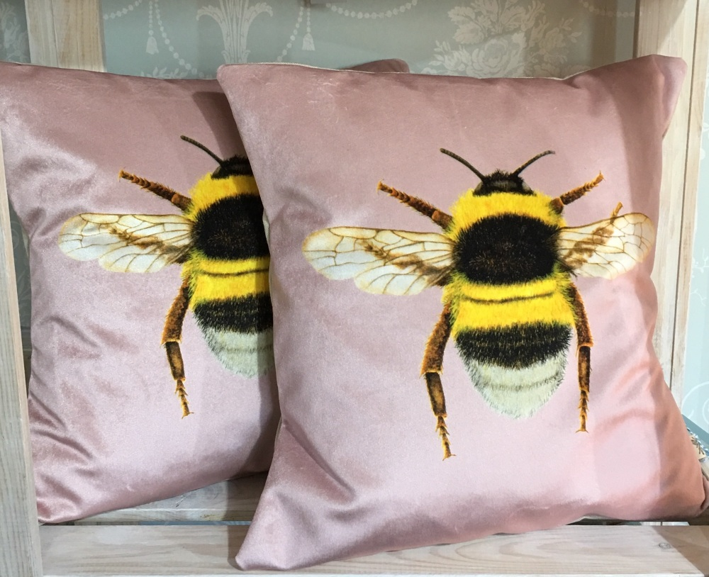 Velvet Bee Cushion- Rose Pink